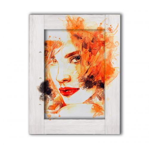 Девушка с рыжими волосами