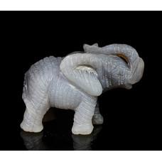 Слоник из агата бразильского