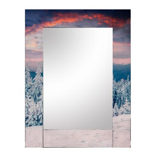 Зеркало в раме Зима