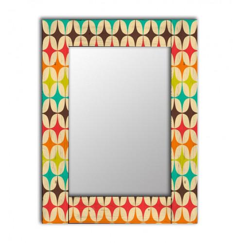 Настенное зеркало в деревянной раме Клермон