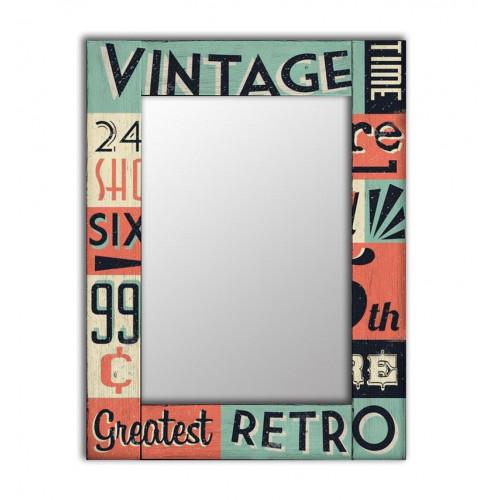 Настенное зеркало в деревянной раме Винтаж