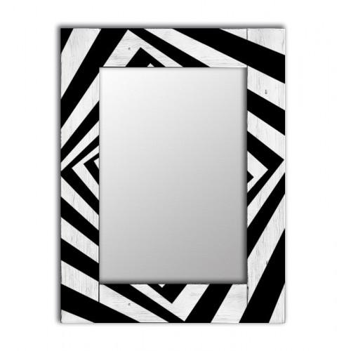 Настенное зеркало с деревянной рамой Бумеранг
